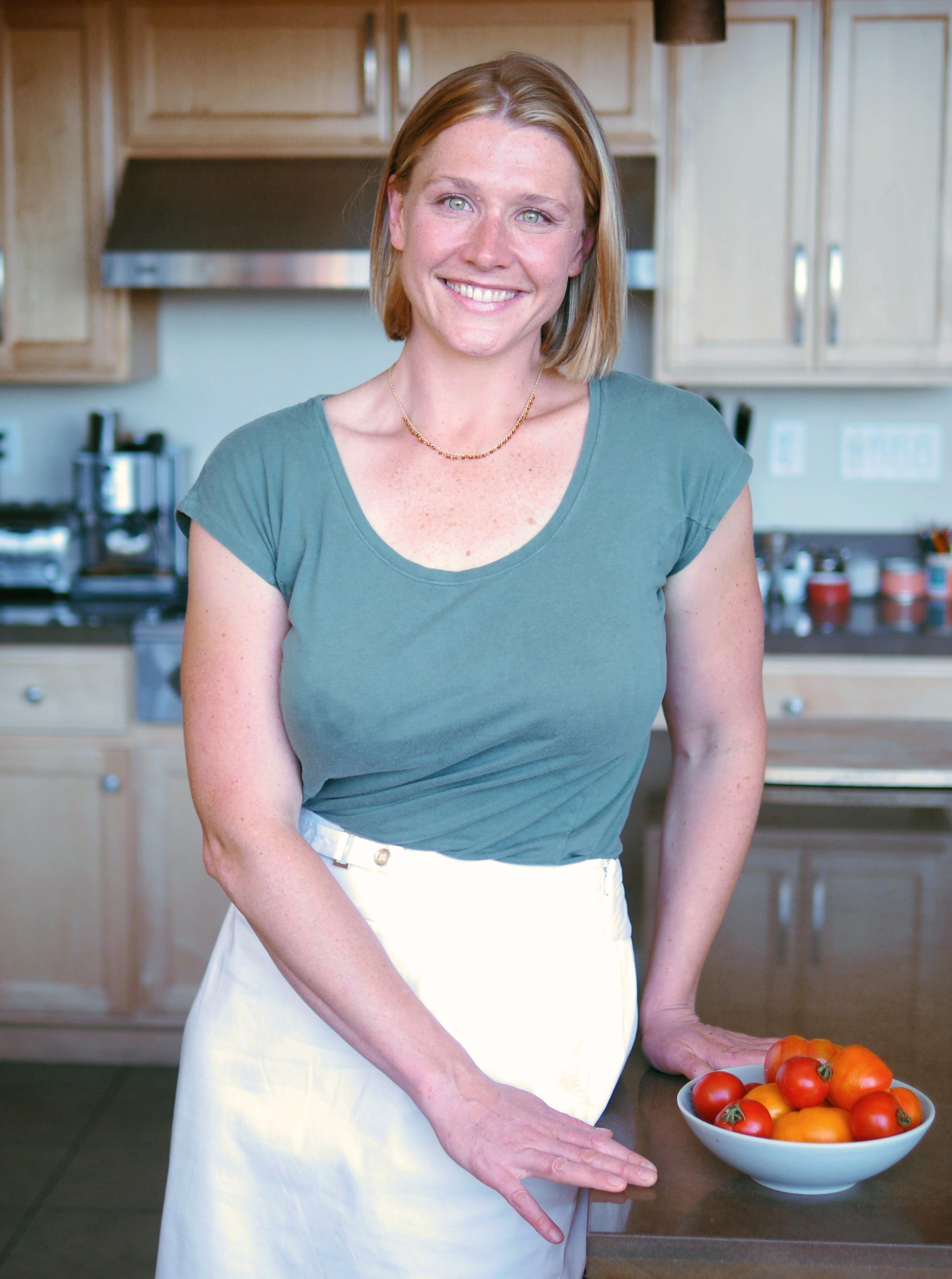 White apron chef fresno - Healthy Recipe Demo By Chef Emily Dellas