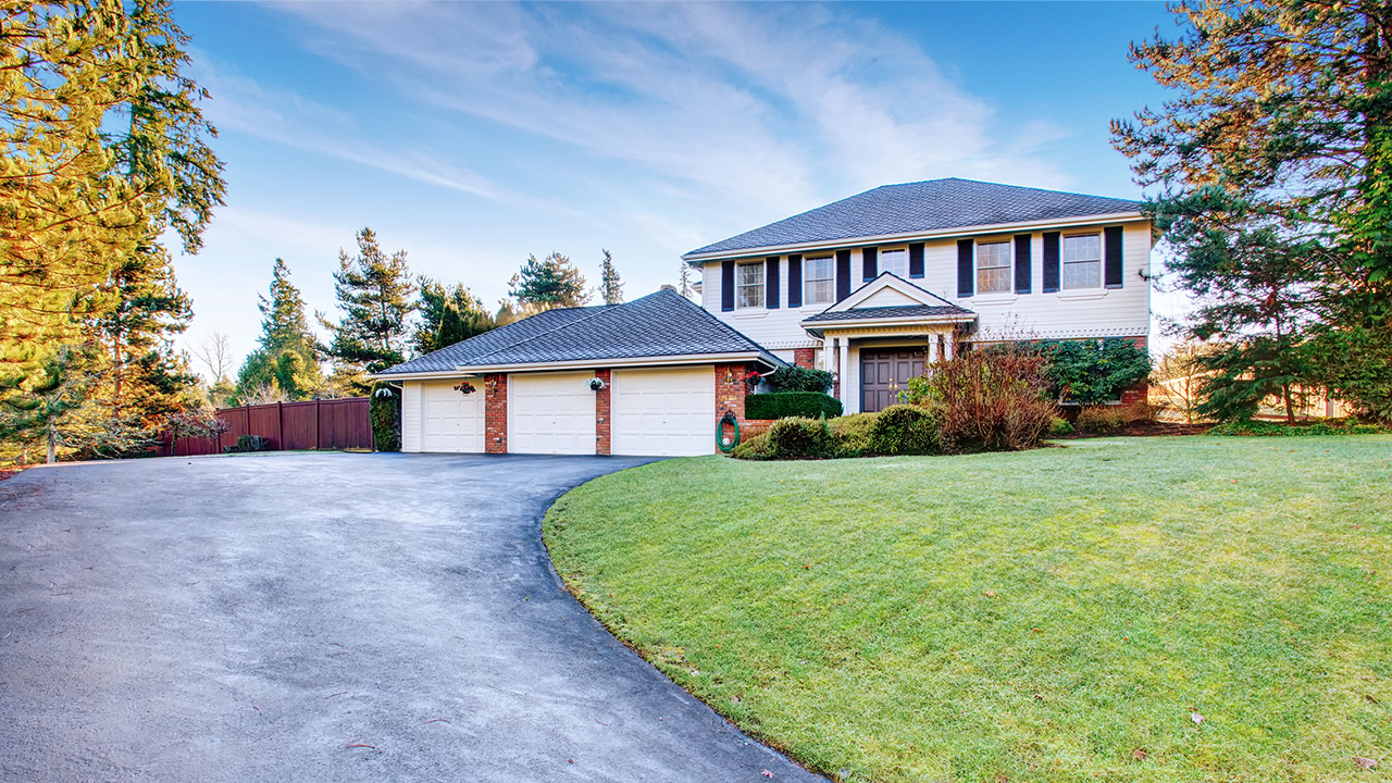curb appeal tips to attract buyers this fall - Curb Appeal Tips