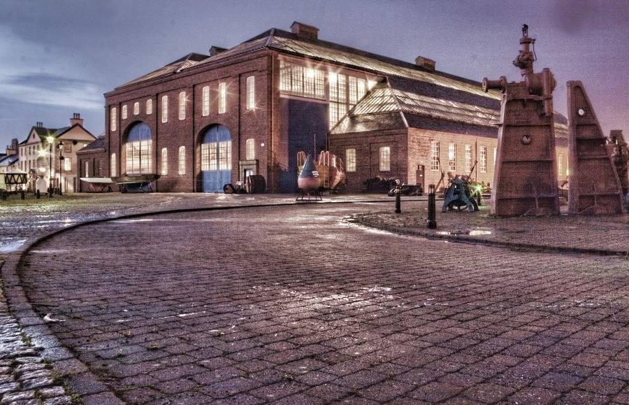 Evening Linthouse, Scottish Maritime Museum