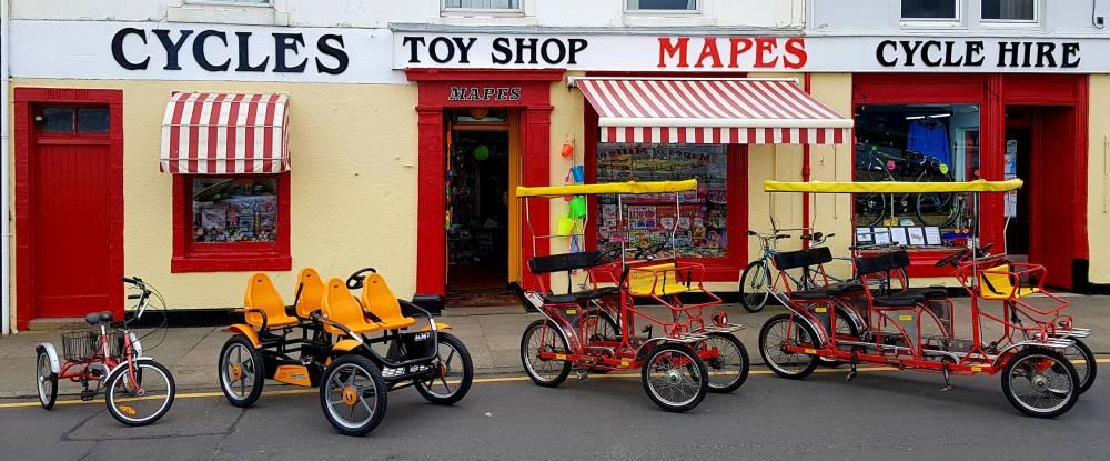 Mapes of Millport Shop Frontage, Scott Ferris