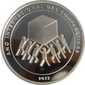 Coin P748 Moeda Brasil 5 Reais 2011 Ano Internacional das Cooperativas (Cooperatives) Brazil obverse