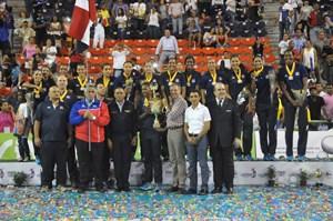 Dominicanas coronadas en casa con cuarta medalla de oro