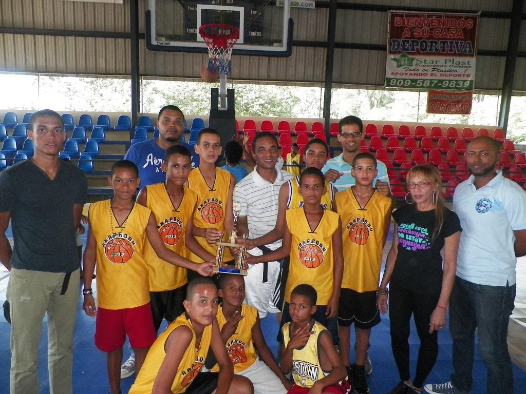 Arenoso, campeón minibaloncesto municipal