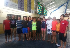 Dominguez logra récord nacional de natación en Miami
