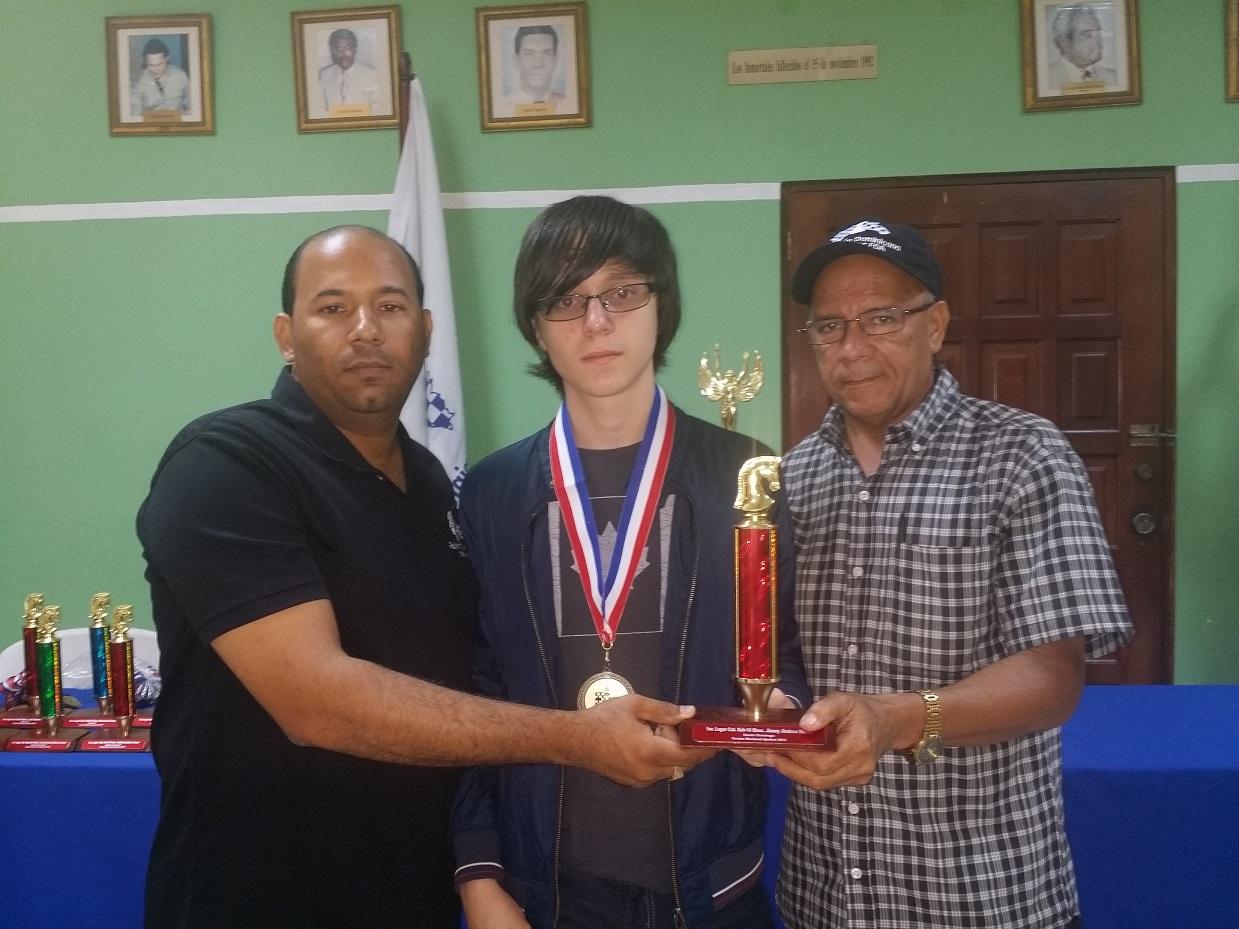 Alejandro Nieto, conquista nacional de ajedrez sub-16