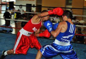Equipo A mantiene dominio copa Independencia boxeo