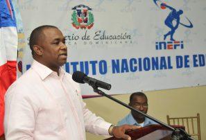 Danilo Mesa presenta planes de Inefi para 2013