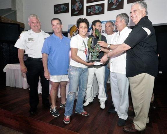 González gana torneo de pesca El Dorado