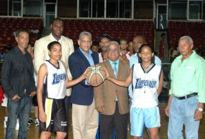 Abadina inaugura torneo basket U-17 con 35 clubes