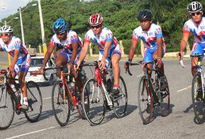 Núñez, Selman y Olivo brillan en prueba ciclismo