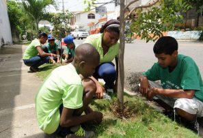 COD deja huellas jornada reforestación 2011