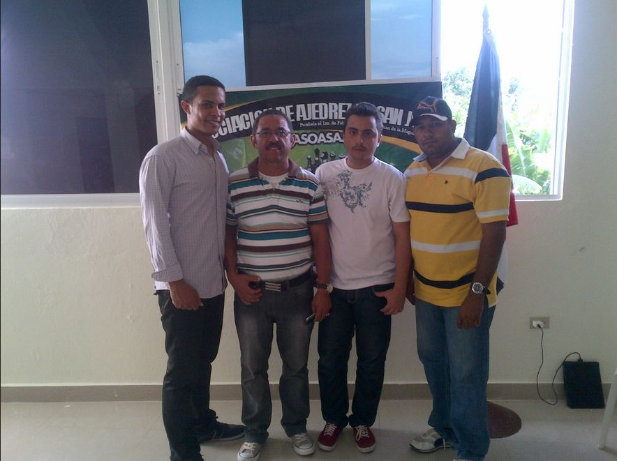 Ramírez conquista torneo regional ajedrez rápido