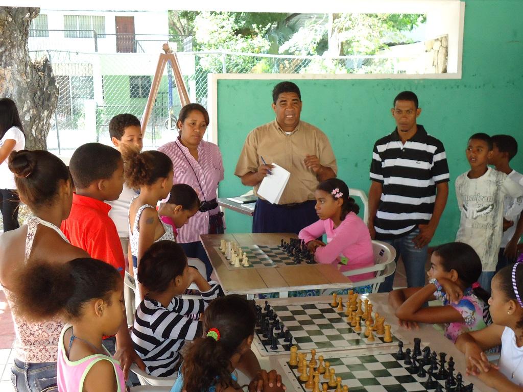 Inauguran torneo ajedrez infantil en Barahora