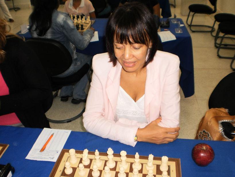 Dedicarán torneo ajedrez a maestra Eneida Pérez