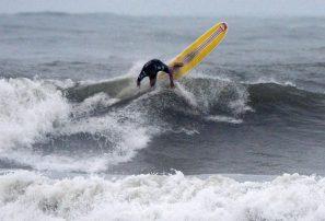 Surfistas dominicanos van a repesca mundial Perú