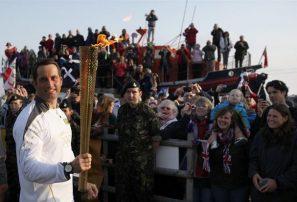 Antorcha olímpica inicia recorrido de más de 12 mil km