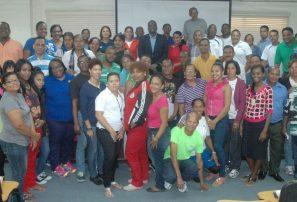 Atletismo inicia curso capacitación con oficial IAAF