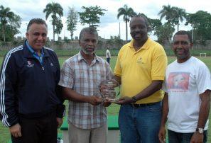 Santos, Holguín y De la Cruz clasifican Mundial Juvenil Atletismo