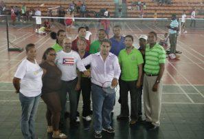 Bayaguana toma delantera en torneo bádminton