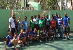 Balonmano celebra eliminatoria para Festival de la Mujer