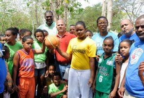 Fedombal realiza con éxito convivios minibasket
