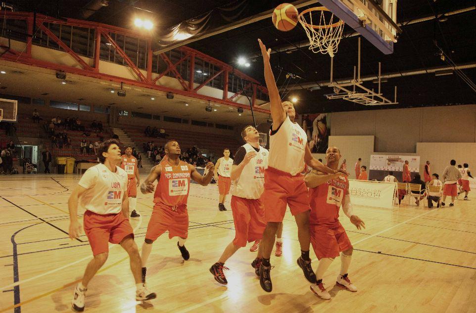 RD vence a USA en Mundialito de basket Madrid