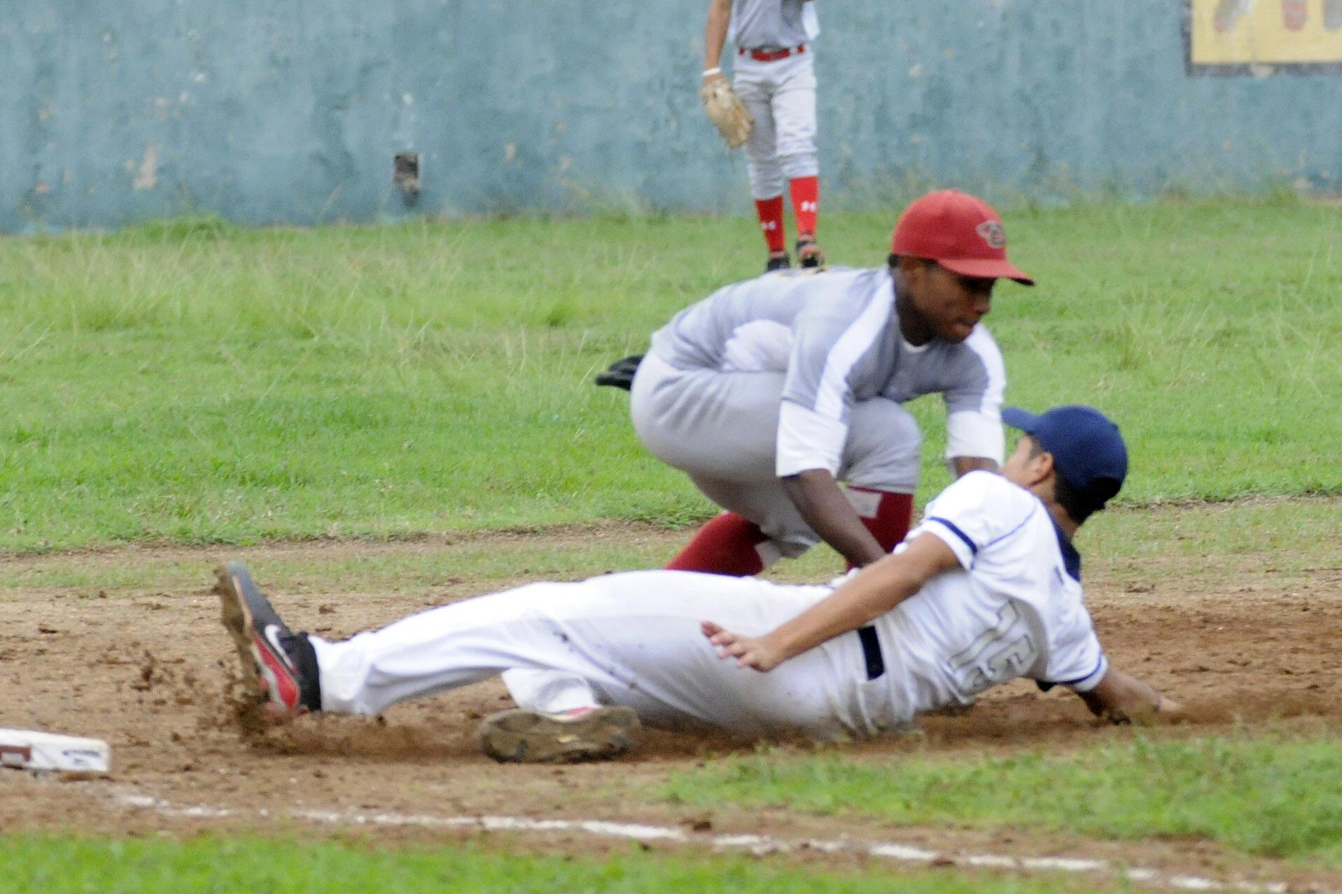 Béisbol define semifinalistas Juegos Escolares