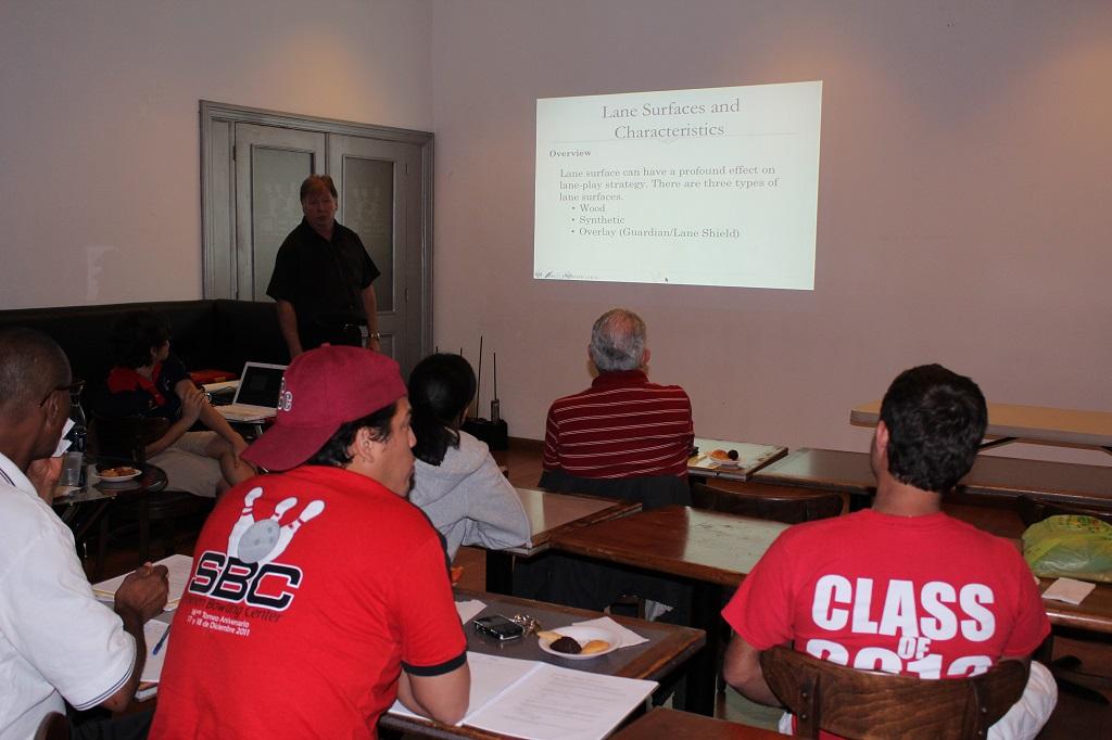 Boliche lleva a cabo curso formación técnica