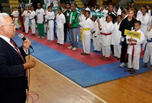 Inauguran Torneo Nacional Infantil de Karate