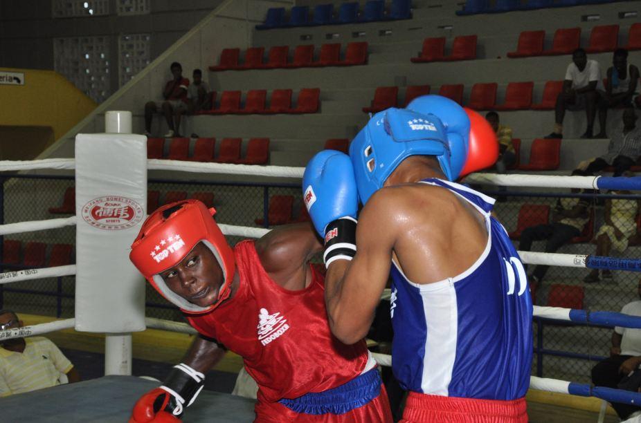 Santillana, Ureña y Villanueva, oro en boxeo juvenil