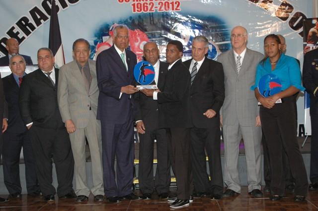 Agüero y Yenebier, boxeadores del Año