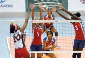Selección femenina RD vence a Cuba en Panam Voleibol