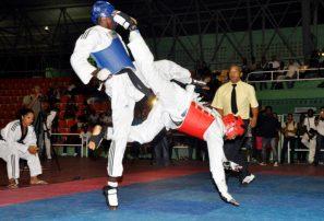 Gaby ganó primeros combates en eliminatorias