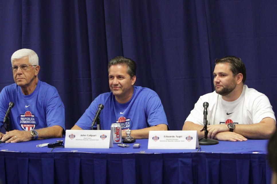 Calipari acepta regresar con República Dominicana