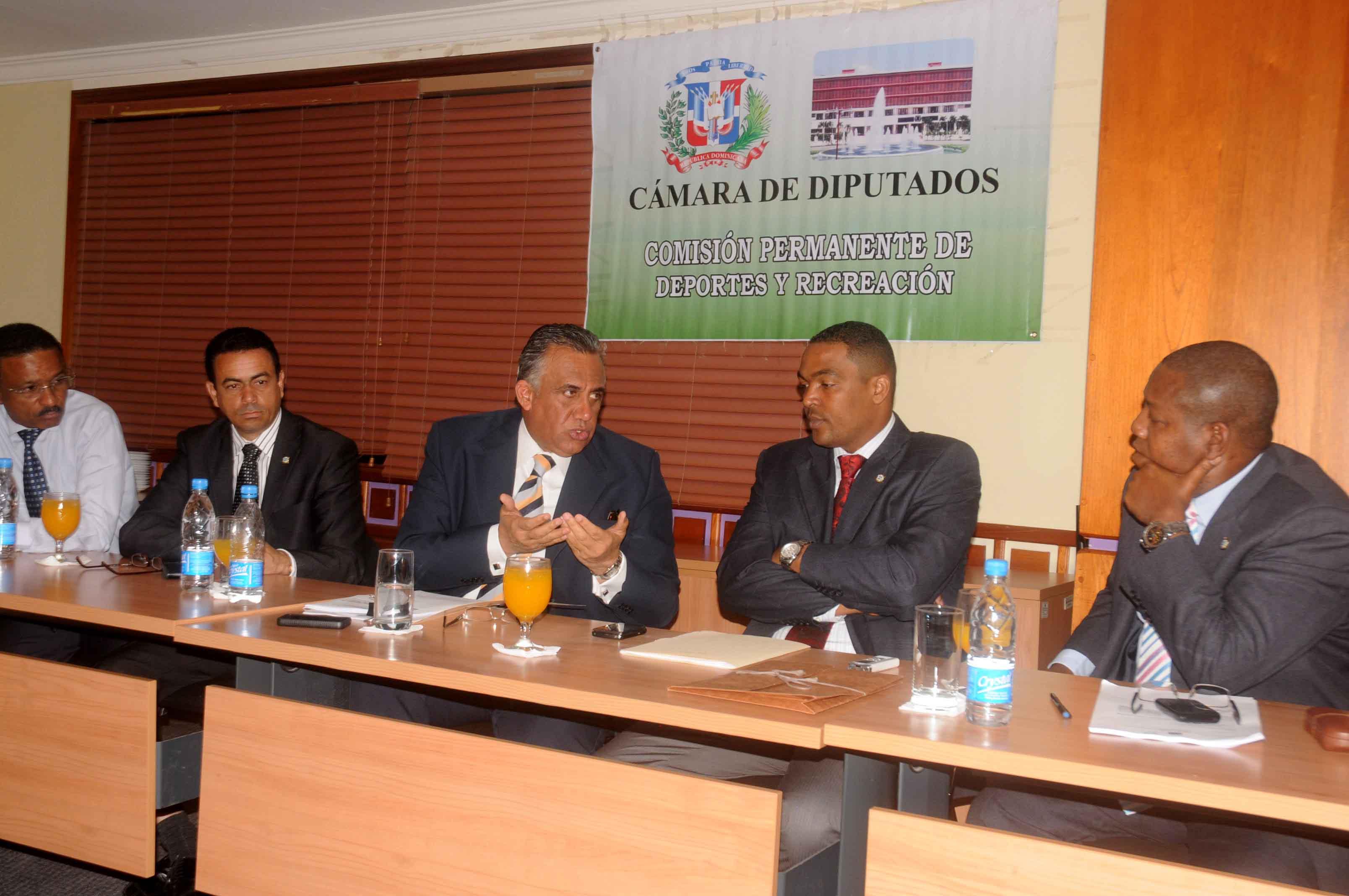 COD respalda proyecto Infraestructuras Deportivas