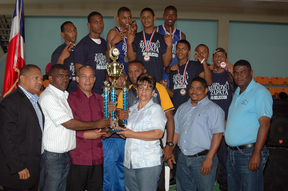 Selección Nacional gana copa Boxeo Ruddy Zapata