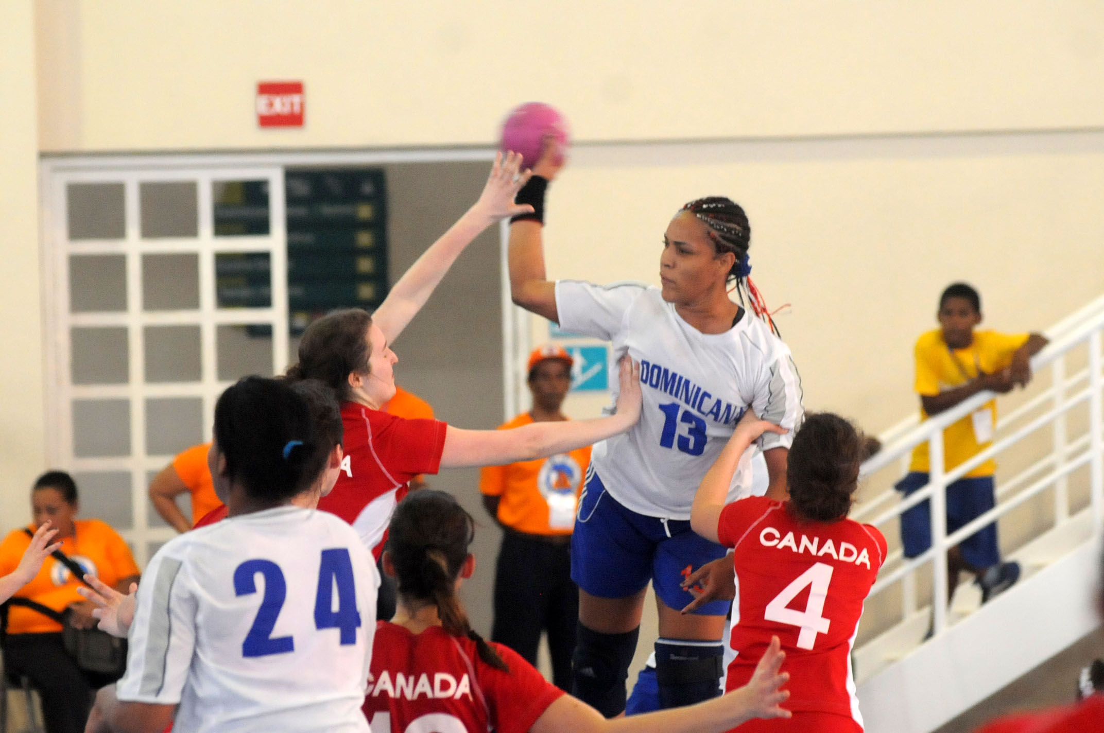Canadá vence a RD Panam junior balonmano
