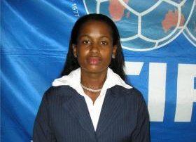 Carmona va como árbitro mundial fútbol femenino