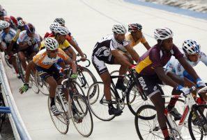 Softbol femenino, Vela, ciclismo y arquería debutan