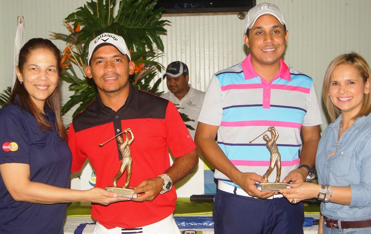 Geovanny Pérez Y David de los Santos, monarcas torneo de golf Oratorio Don Bosco