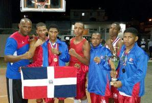 Boxeadores dominicanos conquistan Copa Navidad en PR