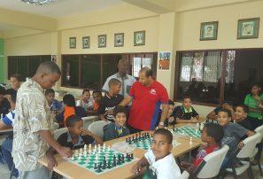 Club de Ajedrez José Soto visita a Federación de Ajedrez