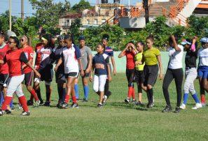 Academia softbol infantil desarrolla futuros talentos