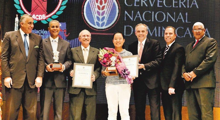 ACDS premia a Estrella y Kim como Atletas del Año