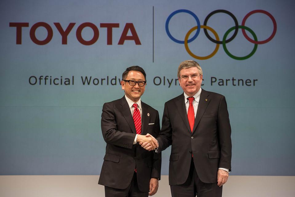 Renuncia vicepresidente comité organizador Tokio 2020