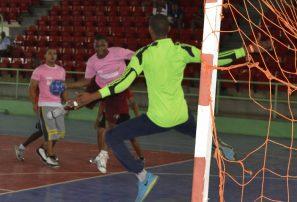 Peravia, SJM, Bonao y Hermanas Mirabal avanzan en balonmano