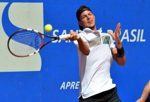 Hernández avanza a cuartos en torneo Challenger de Tempe