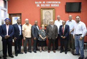 Pesas rinde tributo a Bolivar Vargas y designa salón