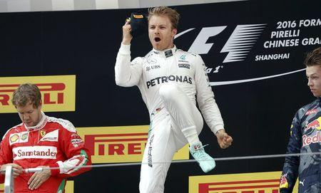 Nico Rosberg amplía racha de triunfos con victoria en China