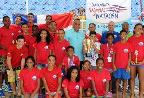 Asociación Natación Distrito Nacional logra máximo galardón campeonato nacional